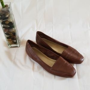 Enzo Angiolini brown leather loafers